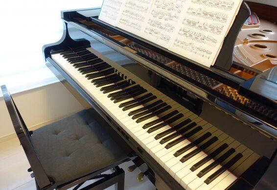 グランドピアノアップライトピアノの鍵盤数の標準と最大は何鍵?数え方や白鍵黒鍵の数を紹介!