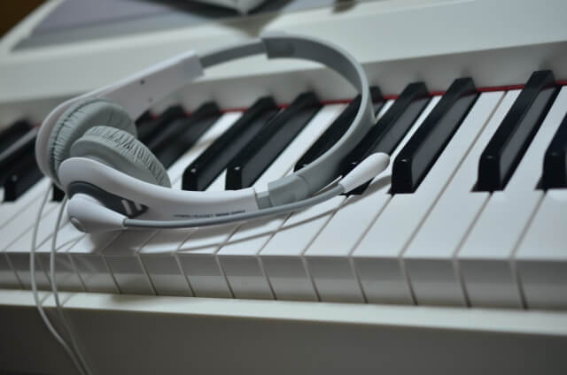ピアノの消音機能とは?後付けについてやマンションには必須なのかどうか紹介!