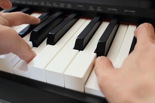 ピアノは電子ピアノではダメ?アップライトピアノと電子ピアノを比較して違いを紹介!