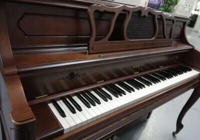 アップライトピアノの中古のヤマハとカワイの相場値段は?選び方を紹介!