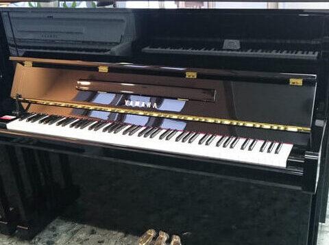 アップライトピアノのヤマハの価格一覧紹介!b113の評判は?