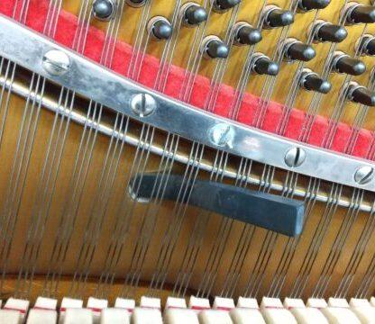 ピアノの調律は自分でできる?アプリのチューナーや調律に使う道具を紹介!